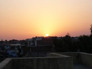 couché de soleil vu du toit encore