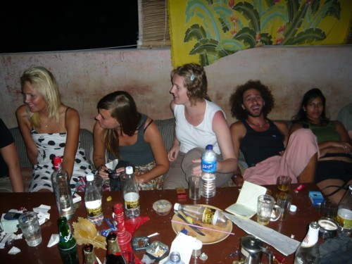 Malin, Marie , Aliénor , Niel et une israélienne que je ne connais pas