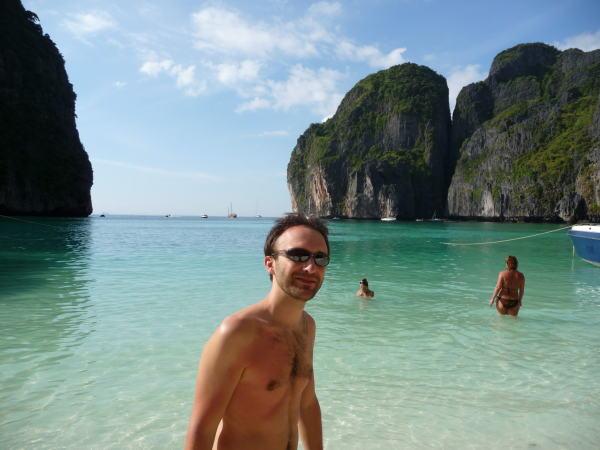 Xav sur la plage on pourrait confondre avec Léo !!!